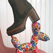 Pons Quintana propose ce joli boots en peau vert foncé, pour changer de toutes les couleurs que vous avez déjà 💚🤩💚🤩💚 #Autumn21 #modeaddict #womenshoes #onadore #Fashion @ponsquintana  www.balka.fr